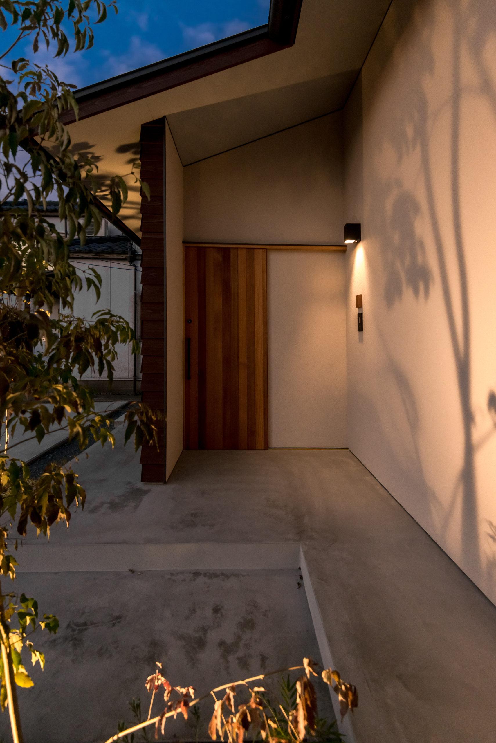 WAKASUGI HOUSE